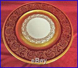 12 Vintage Wheeling Decorating Company 22 kt. Gold Encrusted 11 Dinner Plates