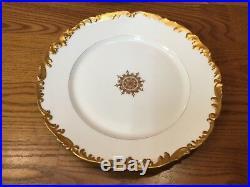 9 Atq. T&V LIMOGES DEPOSE TRESSEMANN & VOGT 9 1/2 Dinner Plates withGold Trim