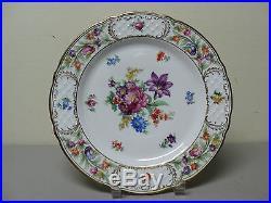 BEAUTIFUL DRESDEN SCHUMANN BAVARIAN PORCELAIN 10 DINNER PLATE with GOLD TRIM
