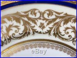 Elegant Set Of 8 HW(Heinrich Winterling) 10&3/4 Dinner Plates 22K Gold Blue