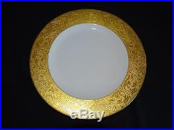 Hutschenreuther Bavaria 10 7/8 Dinner Plate Heavy Gold Embossed with2nd Gold Ring