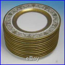 Hutschenreuther Selb Royal Bavarian 12 Gold Encrusted Dinner/Cabinet Plates