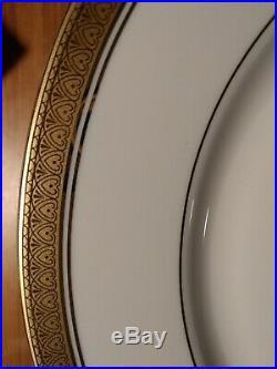 Mikasa Fine China Palatial Gold Set Of 10 Dinner Plates and 10 Soup Bowls