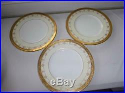 Minton English Bone China Gold Encrusted Dinner Plates 10 1/4 Set 11