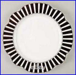 NEW! Grace's Teaware 4 Dinner Plates Josephine Black Gold Scalloped Wedding