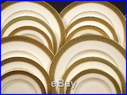 ROYAL DOULTON Belvedere FULL SET for 10 Dinner cups Plates H5001 England