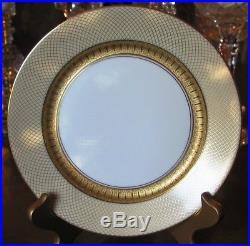 Rosenthal Continental Golden Grail 13 Dinner plates Estate