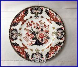 Royal Crown Derby Derby Japan Dinner Plate 10 1/2 Bone China England