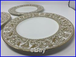 Seven Dinner Plates 11 Wedgwood Bone China Florentine Gold W4219